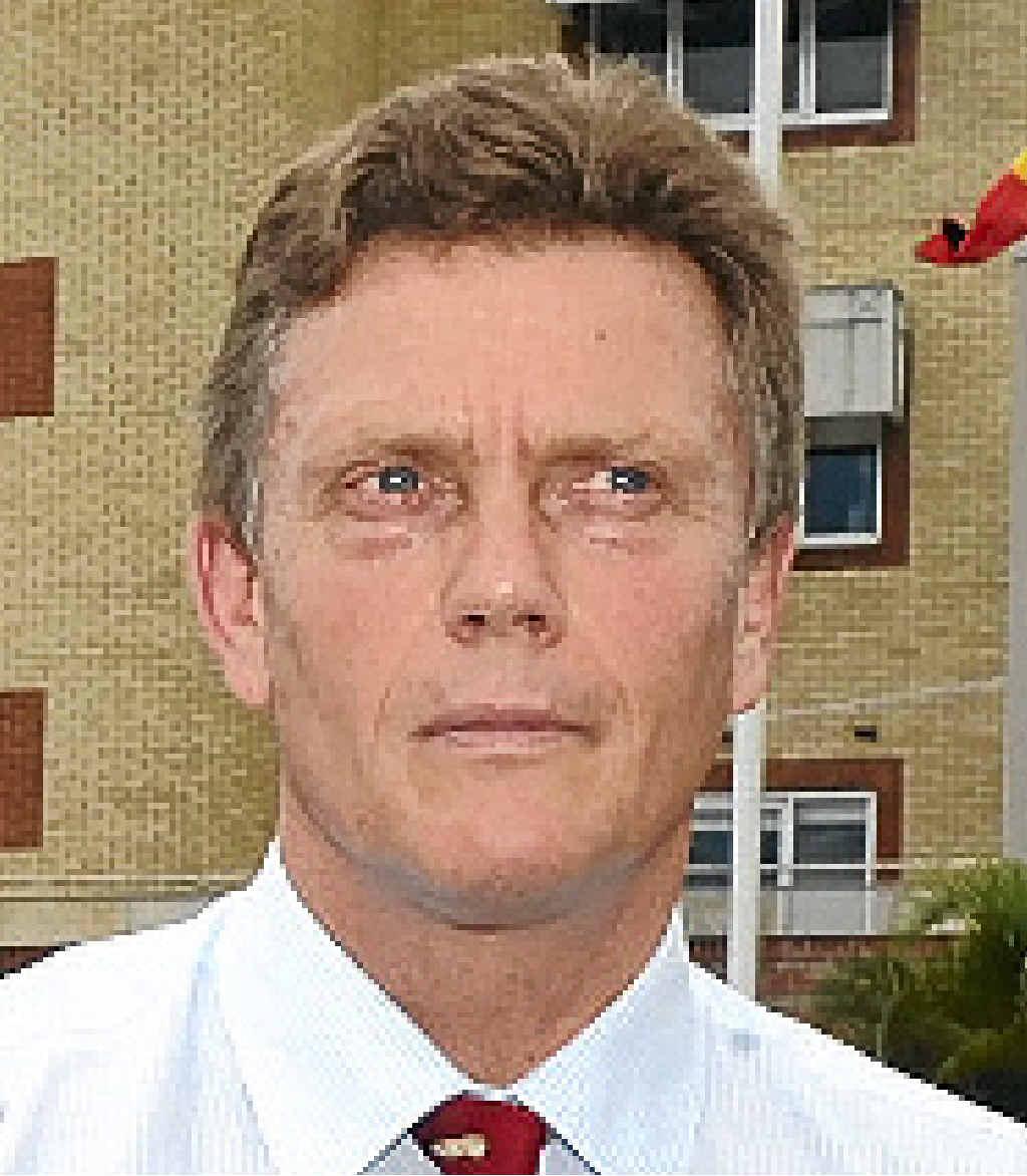 Dr Chris Ingall