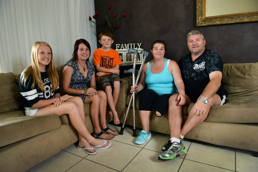 Paula Gowland lost a leg and needs help fundraising to pay for operations. Pictured. (LtoR) Ashlee, 13, Jess, 18, Eathan, 7, Paula and husband John. Photo Patrick Woods / Sunshine Coast Daily