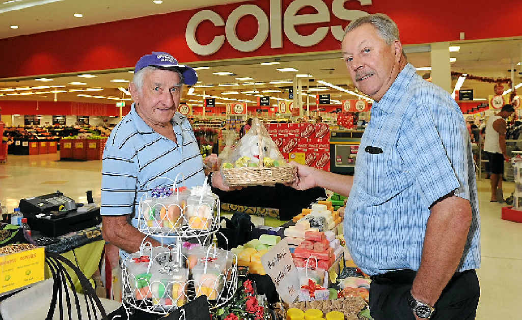 Station Square shopping centre manager Doug Sanderson (right) chats with Glen Auld from Indulge Body Bars.