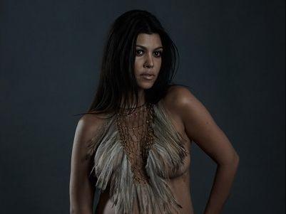 Kourtney Kardashian poses nude while pregnant for DuJour magazine