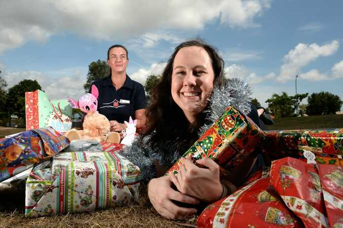 Alesha Yaxley and Samantha Lynch are ready for the Salvo's chrismas appeal. Photo: John Gass / Tweed Daily News