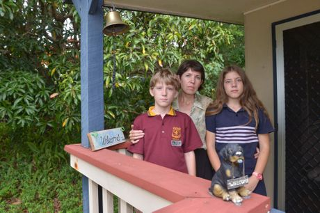 Amanda Klue and her children Jan-Sari, 14 and Pieter-Nick, 11 are facing being deported back to South Africa. Photo: John McCutcheon / Sunshine Coast Daily