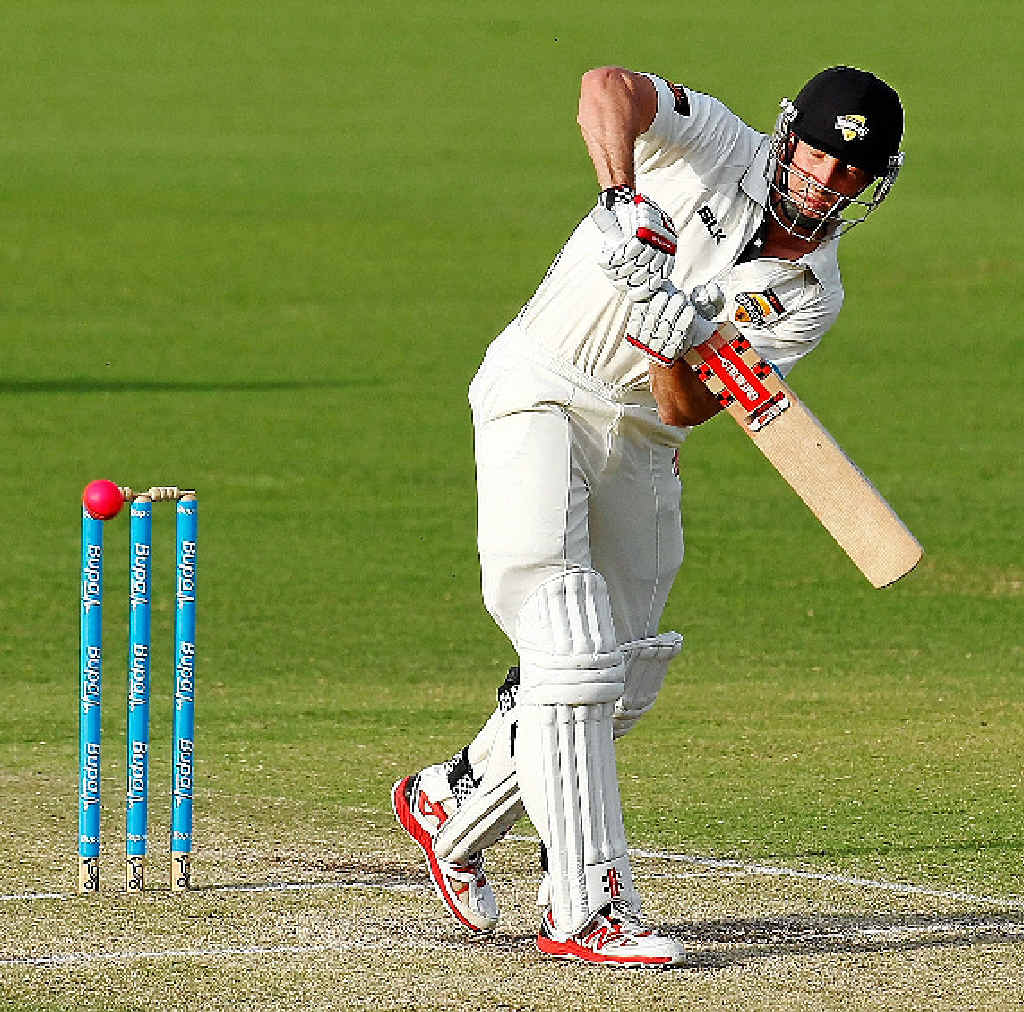 Shaun Marsh has joined the Australian squad in Adelaide ahead of the first Test against India on Tuesday.