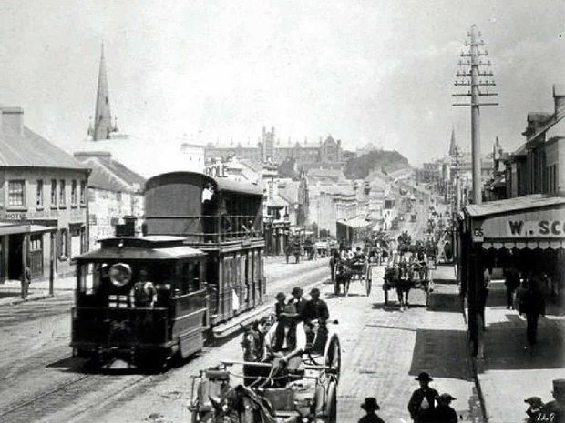 CAPTURED: Steam tram in George St, Sydney, c.1890