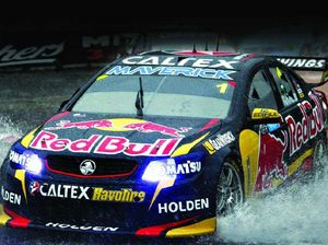 Jamie Whincup's V8 reign has no end in sight