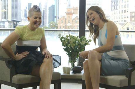 E! Australia host Ksenija Lukich interviews Kelly Osbourne.