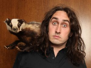 Comedian Ross Noble brings new show to Gladstone