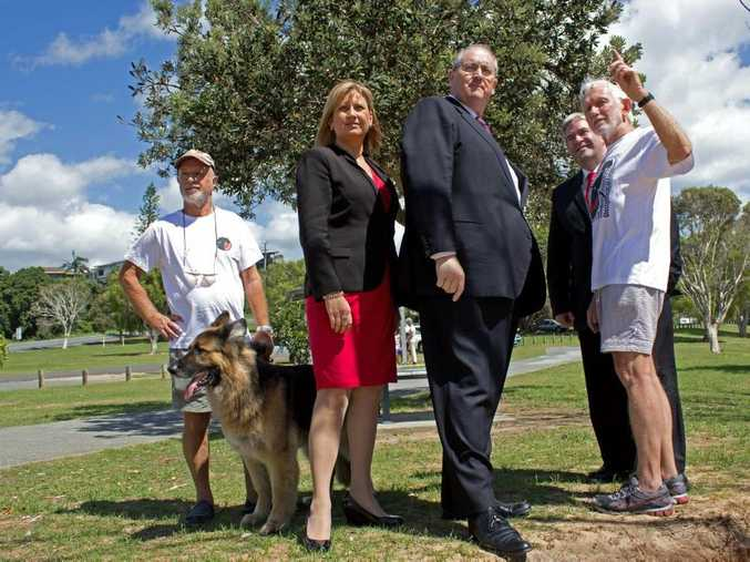 Kingscliff resident Jerry Cornford, member for Richmond Justine Elliot, Shadow Minister for the North Coast Walt Secord, Labor candidate for Tweed Ron Goodman and Lot 490 advocate Ron Cooper welcome the announcement a Labor government would protect Kingscliff's Lot 490 from development.