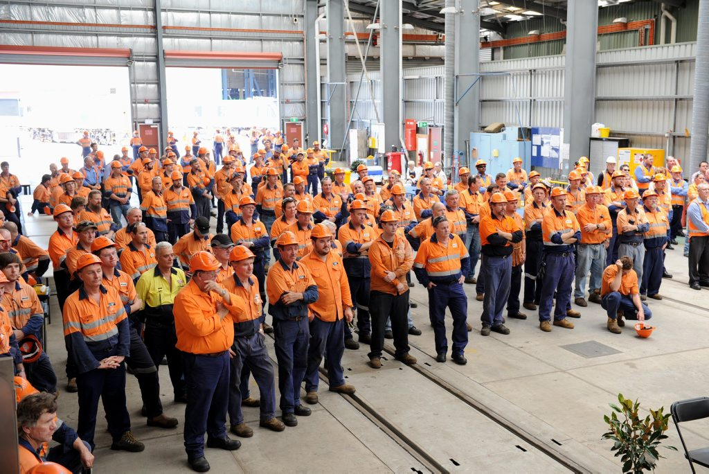 The jobs of hundreds of workers are at risk at Maryborough's Downer EDI facility, a union says.
