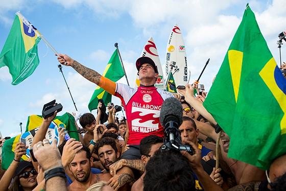 Gabriel Medina (BRA) is the 2014 ASP World Champion.