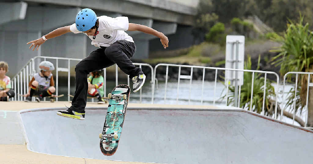 POP STAR: Jeff Stanton, 14, competes in the annual Fair Go skateboarding competition at the Missingham Skate Park.