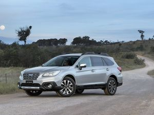2015 Subaru Outback road test review