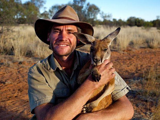 Outback Cheer Kangaroo Dundees Christmas With The Joeys - Kangaroo sanctuary alice springs