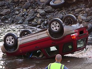 Submerged vehicle a poor start to Christmas for owner