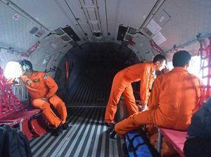 AirAsia flight tragedy: 'bodies holding hands'