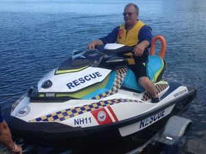 Stand up paddleboarder rescued from outgoing tide