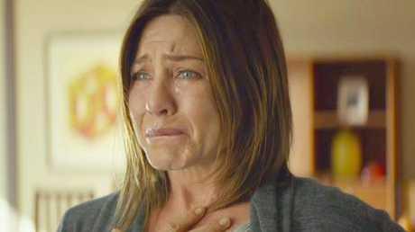 Jennifer Anniston stars as Claire Bennett in Cake