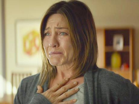 Jennifer Anniston stars as Claire Bennett in Cake