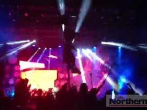 La Roux - Bulletproof at Falls Festival