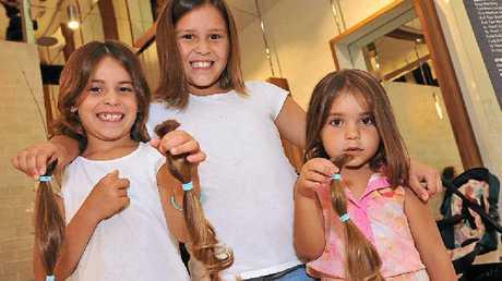 Rhiannon, Latoya and Tarlia donate their hair to the Pantene Beautiful Lengths campaign.
