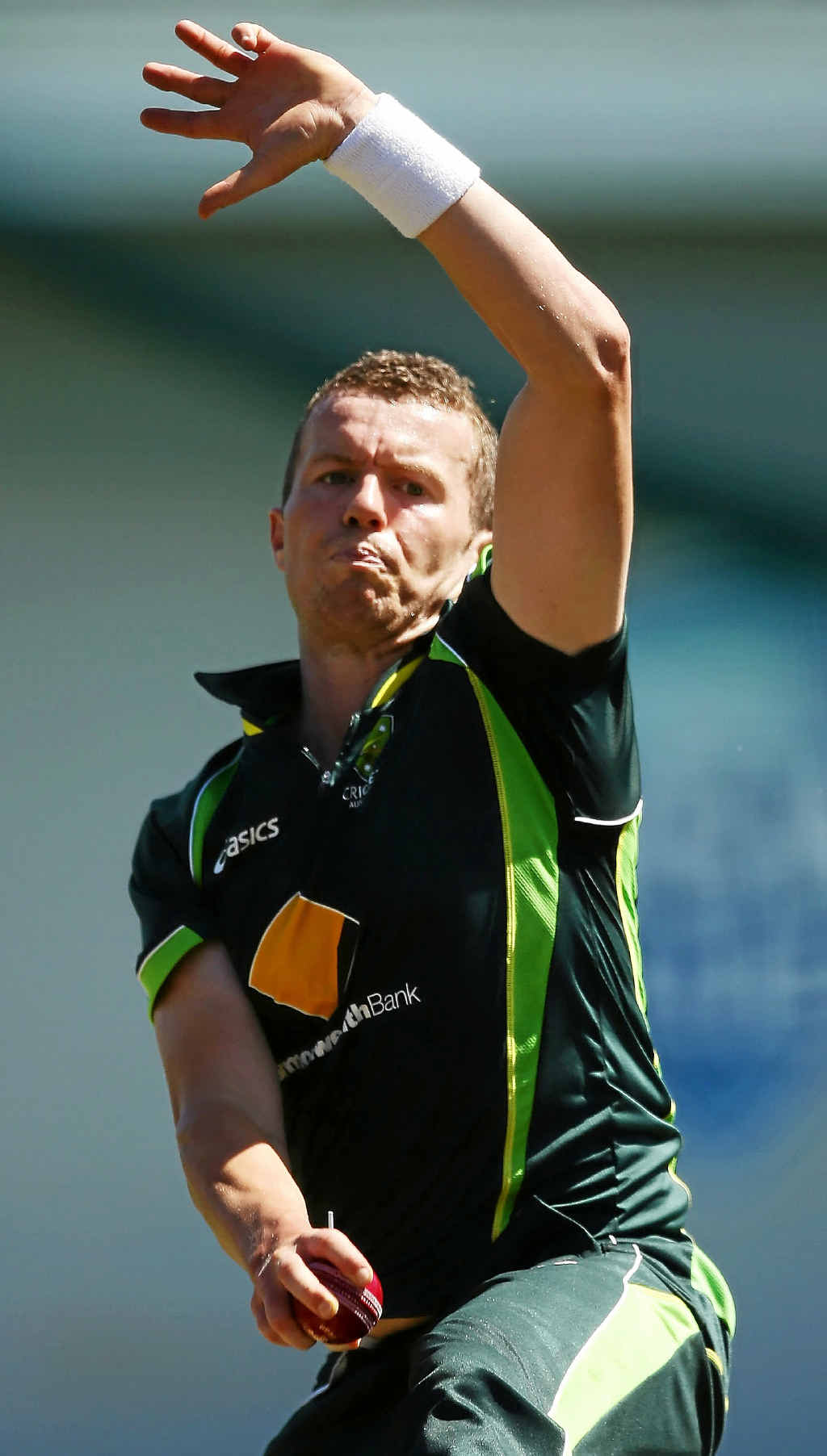 Peter Siddle bowls during a nets session at Sydney Cricket Ground yesterday. He could replace the injured Mitchell Johnson.