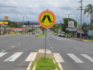 Council wants to get rid of Gatton pedestrian crossing