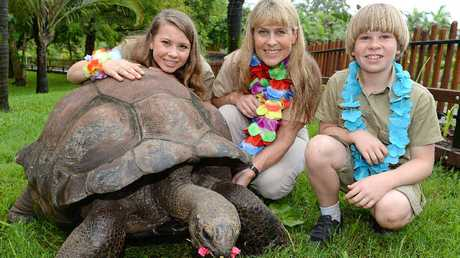 The Irwin family with a giant Aldabran tortoise.