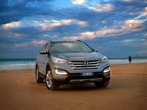 2015 Hyundai Santa Fe road test review | Gift of growth