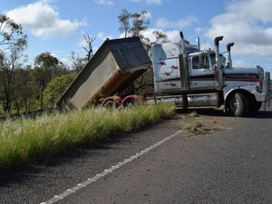 B-Double loses control on Burnett Hwy