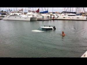 Car sinks in Mooloolaba