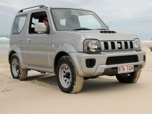 2015 Suzuki Jimny Sierra road test review | Life's a beach