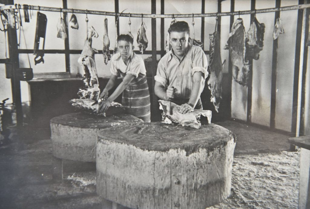 Historical photos from Paynes Meat Store in Toowoomba .