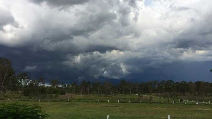 Gladstone can expect heavy rainfall and large hailstones in an upcoming thunderstorm predicted for Friday evening.