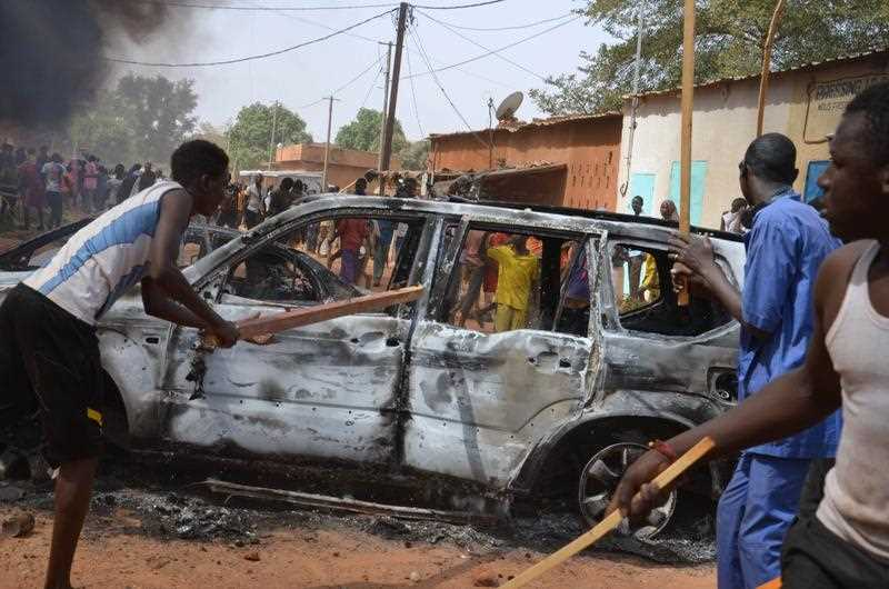 The protest came a day after a policeman and three civilians were killed and 45 injured in protests against Charlie Hebdo in Niger's second city of Zinder, which saw three churches ransacked and the French cultural centre burned down.