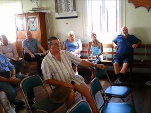 Hanson speaks at Rosewood meeting.