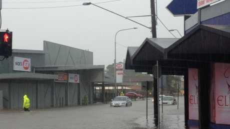 Flash flooding on Bridge Rd, Mackay.