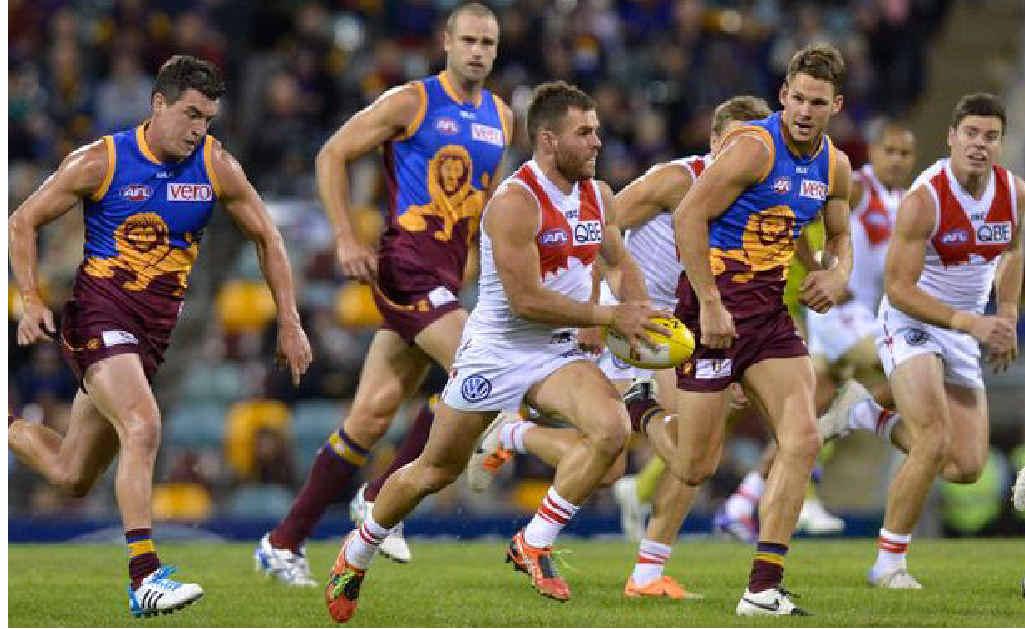 Sydney Swans midfielder Ben McGlynn bursts from a stoppage against the Brisbane Lions. Photo: AFL Media