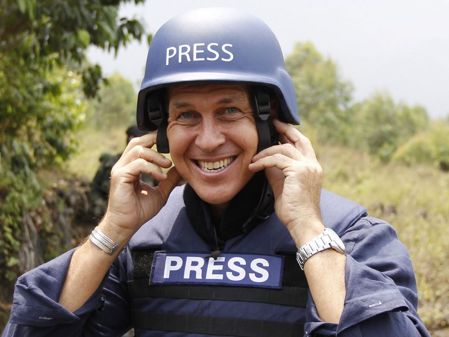 Australian Al Jazeera journalist Peter Greste has been freed after 400 days and is on his way home