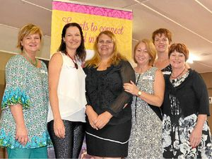 Breakfast WoWs crowd in Warwick