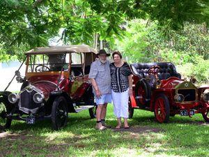Vintage Cars - Feb 2015