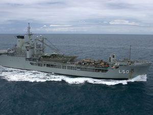 HMAS Tobruk may be scuttled for divers off Hervey Bay