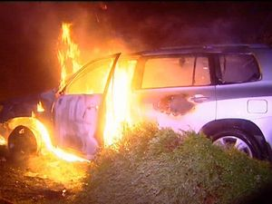 Man saved from car before explosion