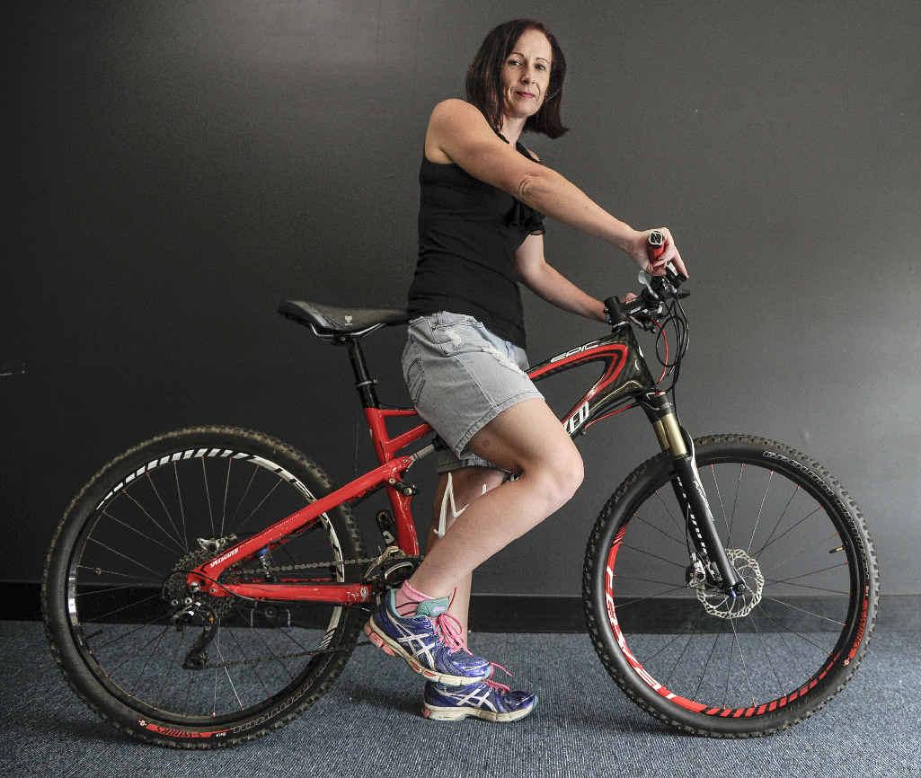 Tour de Woodford competitor Kristyne Murray with her bike at Grafton. PHOTO: DEBRAH NOVAK