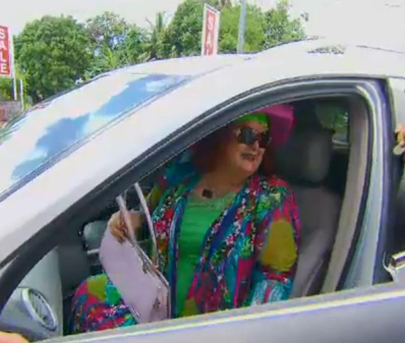 Accused fraudster and prophet Debra Burslem questioned while shopping in Vanuatu
