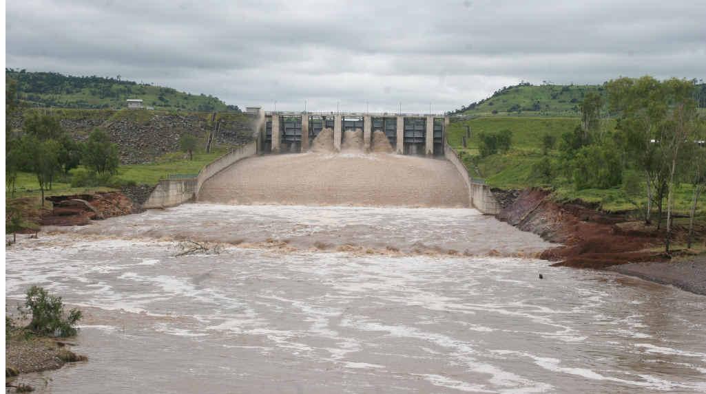 Callide dam overflowing