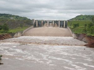 Law firm investigating Callide Dam overflow
