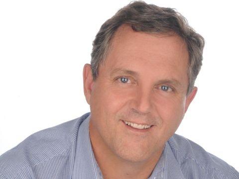 Dr Colin Dicks