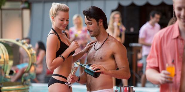 Margot Robbie stars in the movie Focus.