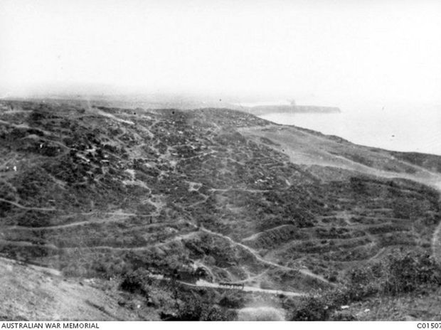 A view over the Gallipoli Peninsula looking towards Anzac Cove. Birdwood had the benefit of seeing for himself the steep terrain, criss-cross of tracks and the dugouts, while Kitchener had only maps and cables. Courtesy of Australian War Memorial C01507