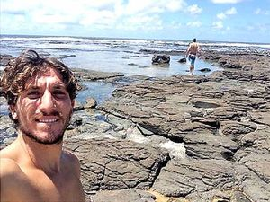 Stranger's selfie on Facebook solves missing phone mystery